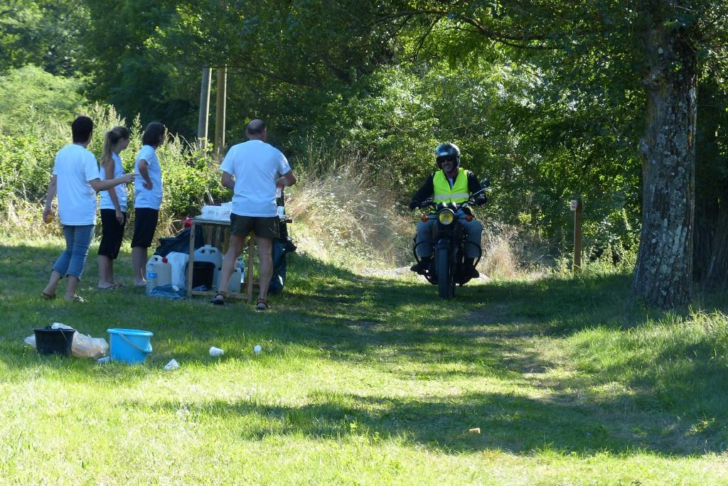 ravitaillement Viallet Tir sportif triathlon lamastre et moto balai