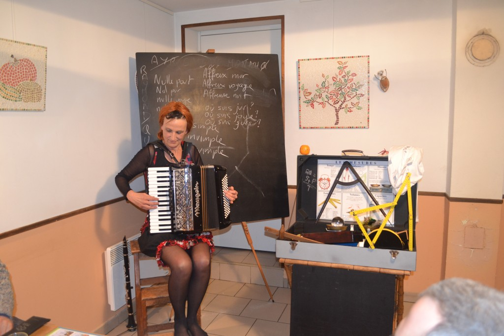 nains de jardin, brigitte prevost janvier 2014 accordéon marie café