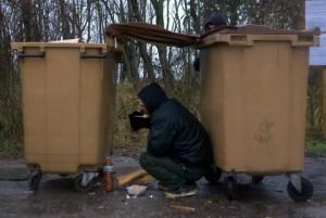 abri poubelle calais jungle