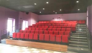 gradins cinéma lamastre f