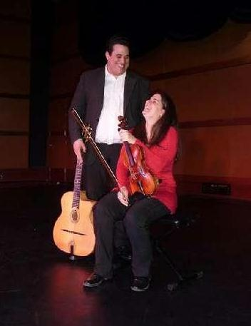 Jazz manouche desaignes  Marie Tour et Mehdi Abdaoui.