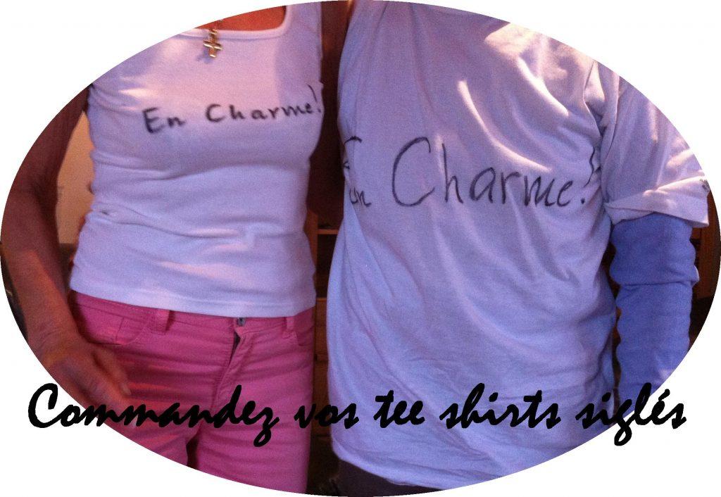 tee shirt en charme médaillon siglé en charme