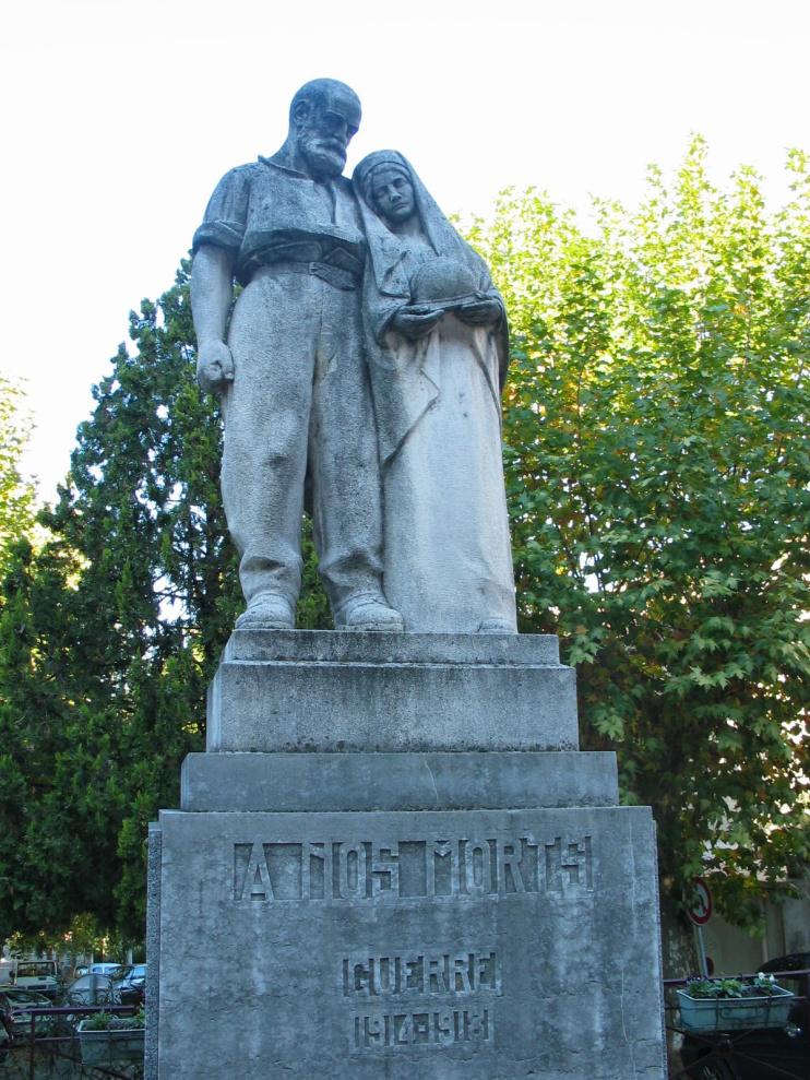 Monument aux Morts de Joyeuse ce qui nous reste