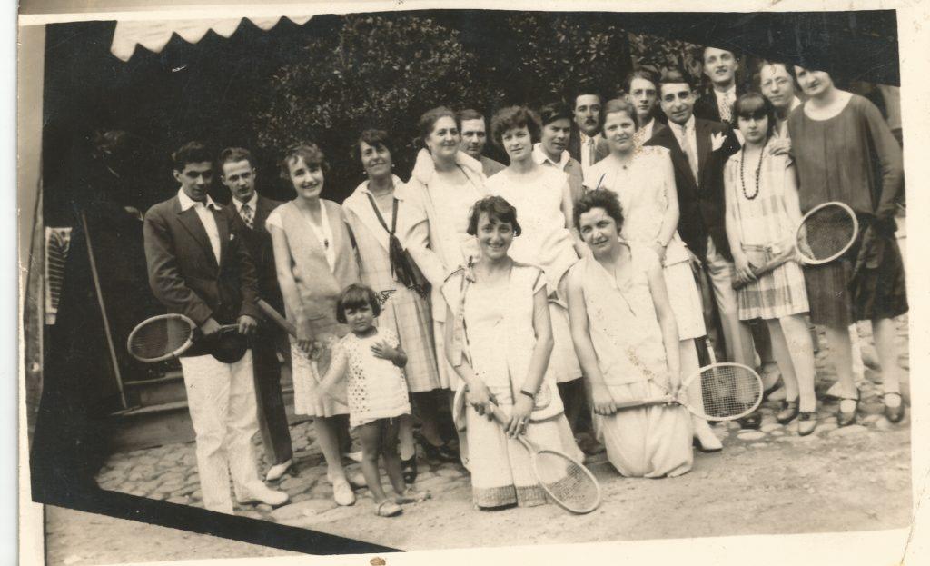 Equipe de Tennis de Lamastre vers 1923 mounier