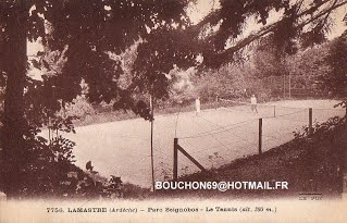 Lamastre - Parc Seignobos - Le Tennis (alt. 380m.) - MB-001