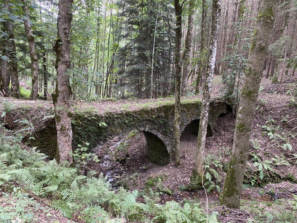 pont le pouzat arnaud amont