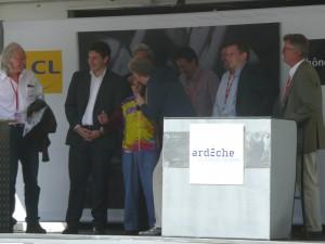 podium politiques criterium dauphine lamastre